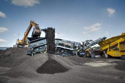 ZEEFVERHUUR.NL élargit son parc de machines à louer